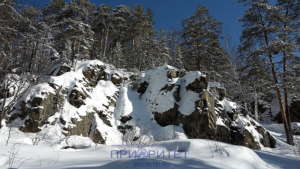 Азов-гора (скальная гряда)